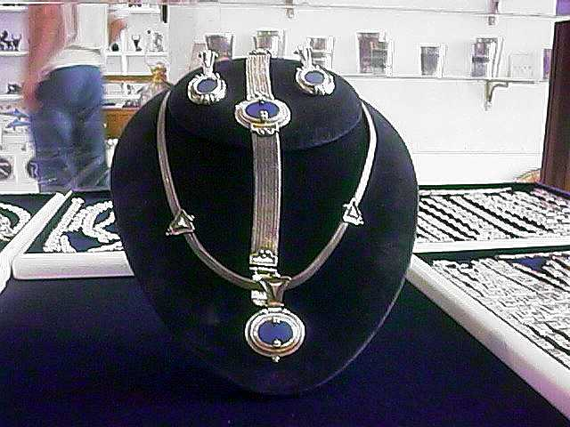 Silver set of necklase,earings and braselet with lapis lazuli.